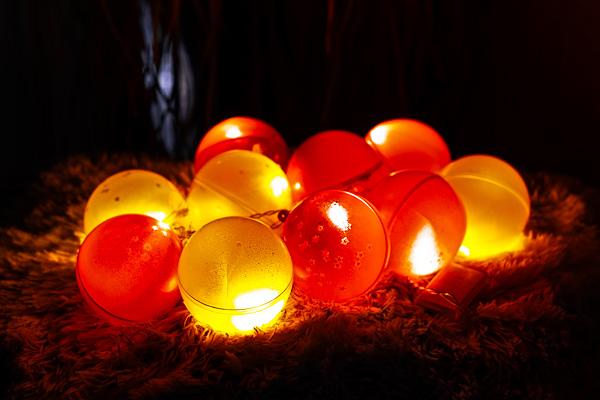 Beleuchtete Weihnachtskugeln.Beleuchtete Weihnachtskugeln Diy 4u